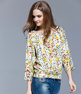 Tops - Floral printed silk crepe de chine top