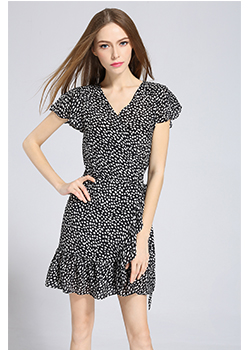 Dress - Printed wrap dress fastening along back